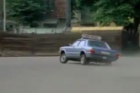 Ford-Taunus-ile-hareketli-sahneler
