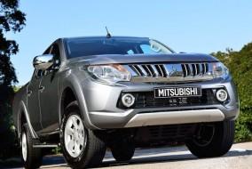 2015-Mitsubishi-L200-02