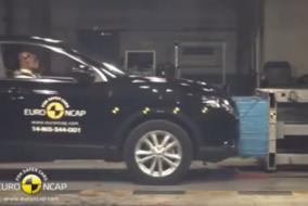 2014-Nissan-Qashqai-test