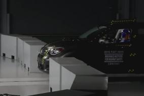 2016-Fiat500X-IIHS-test