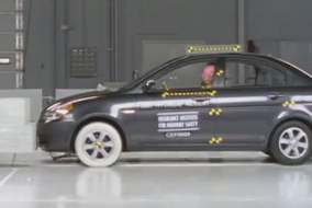 Hyundai-Accent-IIHS-test