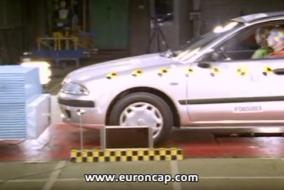 2001-Mitsubishi-Carisma-test
