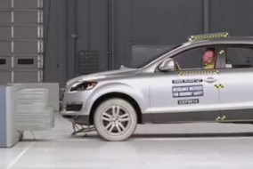 2008 Audi Q7 IIHS test