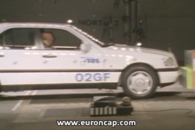1997 Mercedes-Benz C 200 test