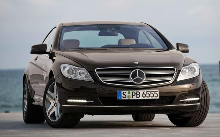 2011-mercedes-benz-cl600-passengers-front-three-quarters-view
