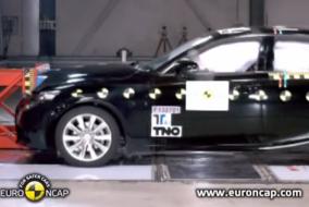 2013 Lexus IS test