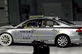 2014 Volvo S80 IIHS test