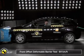 2015 Opel Astra Vauxhall test