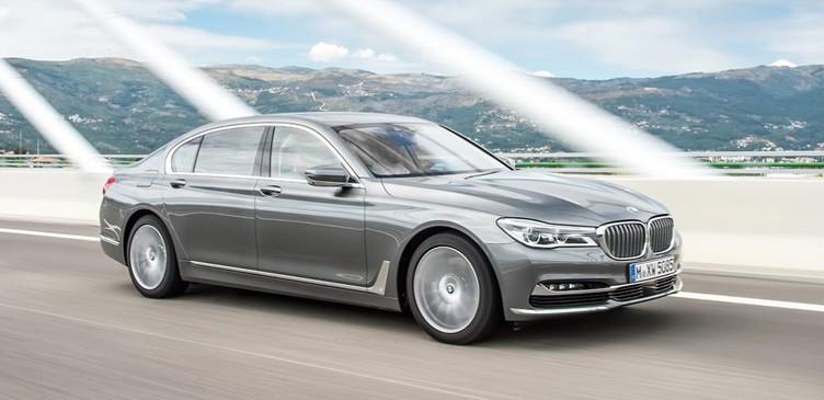 BMW' nin 6 silindirli dünyanın en güçlü dizeli temmuz da satışa çıkıyor