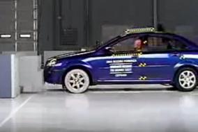 Chevrolet lacetti (Suzuki Forenza) IIHS test