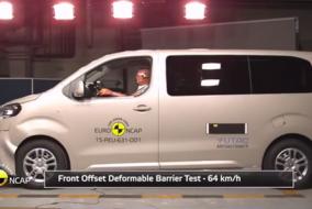 Peugeot Traveller, Citroen Spacetourer, Toyota Proace test