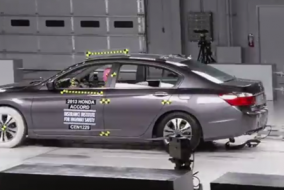 2013 Honda Accord IIHS test