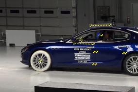 2014 Maserati Ghibli IIHS test