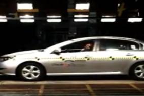 2010 Renault Latitude - Samsung SM5 test