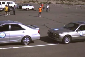 BMW 740iL arkadan çarpınca;