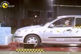 2001 Nissan Almera test