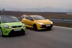 arabateknikbilgi-ford-focus-rs-mk2-renault-megane-rs-250