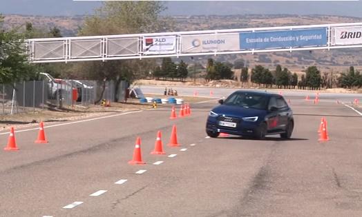 ArabaTeknikBilgi-2015-Audi-A1-Sportback-test