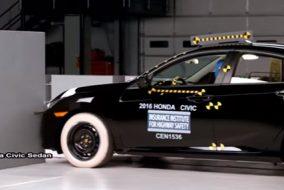 ArabaTeknikBilgi-2016-Honda-Civic-2017-Hyundai-Elantra-IIHS-test