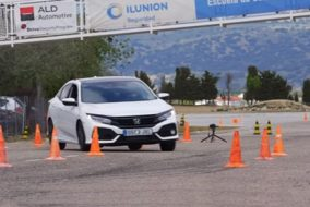 ArabaTeknikBilgi-2017-Honda-Civic-test