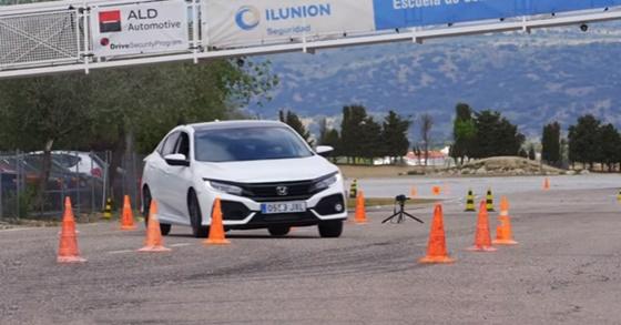 ArabaTeknikBilgi-2017-Honda-Civic-test