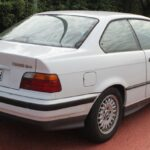 1992-1999 BMW 318 is