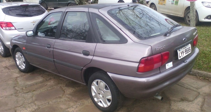 1995-1999 Ford Escort Hatchback