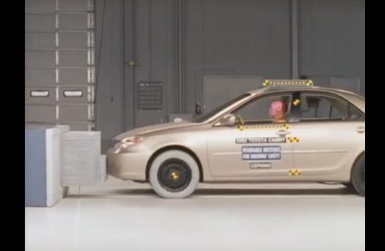 ArabaTeknikBilgi-2002-Toyota-Camry-test