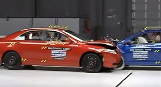 ArabaTeknikBilgi-2009-Toyota-Yaris-Camry-test