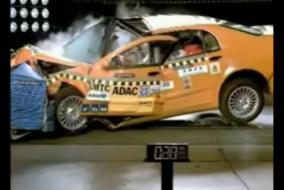 ArabaTeknikBilgi-Başarısız-Çarpışma-Testler