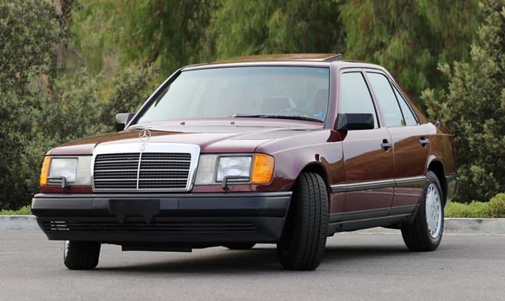 1985-1993 Mercedes-Benz 300 D