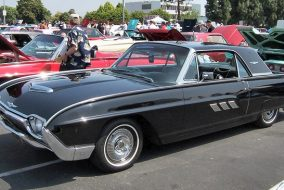 1961-1963 Ford Thunderbird Hardtop 390